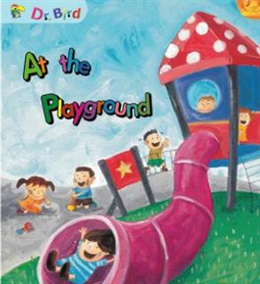 At the playground [有聲書]